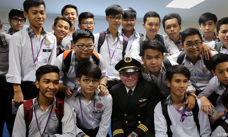 Aviation and STEM Discussion with Delta Pilot Jonathan Sheehan